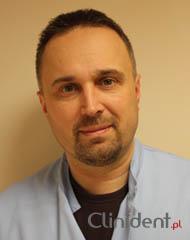 Cirugía odontológica Piotr Bilski